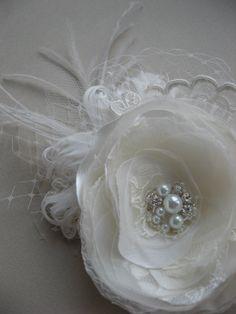 Bridal lace Hair accessory, flower fascinator, wedding feather Hair head piece, Flower hair clip, lace Wedding bridal accessories with tulle