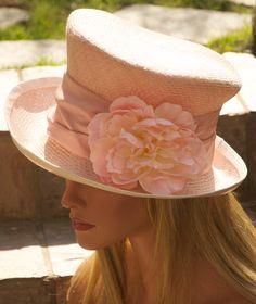 Un magnifique chapeau de mariage par AwardDesign ! #myfashionlove #mode #attitude #mariage #chapeau www.myfashionlove.com