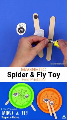 This Magnetic Spider and Fly Craft is creative, educational and fun! Make the cheeky spider and fly play chase around the web using the wonder of magnets! (Free printable.) #kidscraftroom #kidscrafts #halloween #halloweencrafts #spiders #spidercrafts #paperplates #paperplatecrafts #magnets #homemadetoys #steam #stem