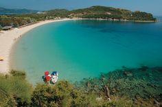 H a p p y f e w: Photo Beautiful Islands, Beautiful Places, Greek Beauty, Transportation Services, Greece Islands, Thessaloniki, Sandy Beaches, Greece Travel, Landscape