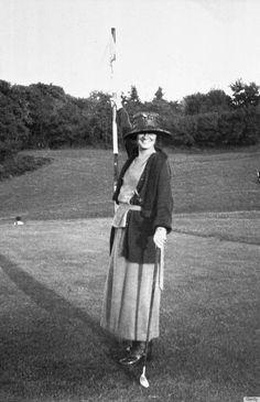 Gabrielle Chanel (1910)