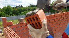 Правильная кладка облицовочного кирпича с газоблоком