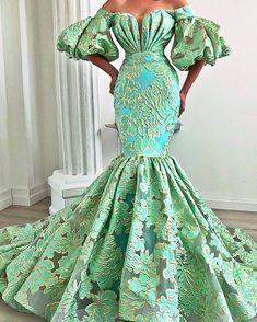 would loveeee to have an excuse to wear this - African Fashion Dresses African Prom Dresses, African Fashion Dresses, African Dress, Ankara Fashion, African Style, Elegant Dresses, Pretty Dresses, Formal Dresses, Formal Wear