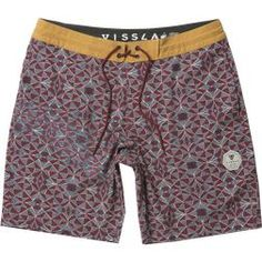 """18.5"""" MODERN FIT The Trailer Bay are hip, washed 4-Way stretch boardshorts made with coconut fibers. Featuring all over geo print with contrast solid ..."""