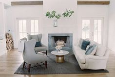 stunning farmhouse living room // Farmhouse Living: Authentic. Hardworking. Warm. Intentional.