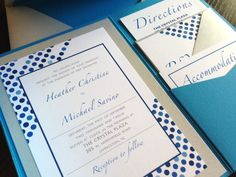 Modern graphic invites - blue dots