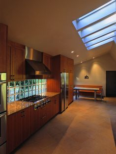 glass block wall above countertop | ... Glass Block Backsplash With Gas Stove With Cook Hood Countertop With
