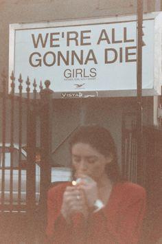 indie, retro, grunge, soft grunge, vintage- we´re all gonna die girls Rauch Fotografie, The Wicked The Divine, Retro Aesthetic, Soft Grunge, Grunge Style, Grunge Look, Grunge Girl, New Wall, Belle Photo