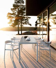 Illum chair and table outdoor with a Scandinavian design twist and aluminium powder coated soft forms Outdoor Areas, Outdoor Dining, Outdoor Tables, Outdoor Decor, Garden Table, Garden Chairs, Summer Cabins, Design Moderne, Small Patio