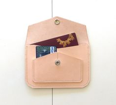 The product CA/L10 WALLET / CARTEIRA is sold by mariela dias in our Tictail store.  Tictail lets you create a beautiful online store for free - tictail.com
