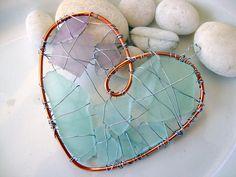 Purple and Aqua Sea glass Heart by jetsamdesigns ༺♥༻ Sea Glass Crafts, Sea Glass Art, Sea Glass Jewelry, Glass Necklace, Wire Crafts, Jewelry Crafts, Creation Deco, I Love Heart, Wire Art