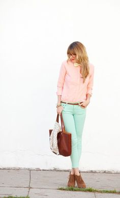 Lovely pastel style - soft pink blouse and mint trousers. And a cute yellow bow!