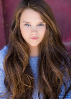 Hi!!!!! My name is Chloe East!!!! I love dancing!!! I am 15 and single!!!!!! My twin bro  is Carson~intro??