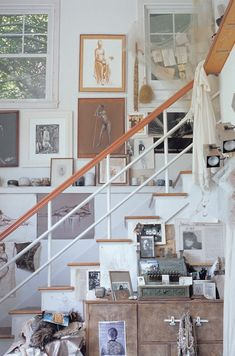 [ A Perfectly Kept House is the Sign of A Misspent Life by Mary Randolph Carter, Rizzoli New York, home furniture and decoratives Foyers, Randolph Carter, Stair Decor, Bohemian House, Staircase Design, Staircase Ideas, Apartment Design, Architecture, Home Furniture