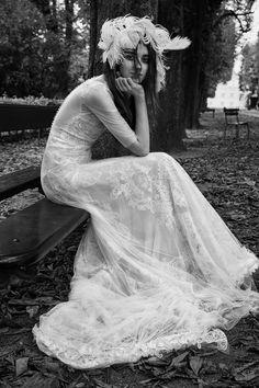 Vera Wang Bridal Fall 2018 Collection Photos - Vogue