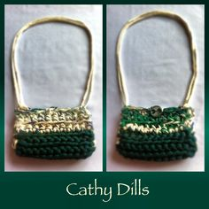 £9 Handmade DARK GREEN & CREAM crochet HANDBAG. Size: 14cm x 10cm. Turquoise green shell button.