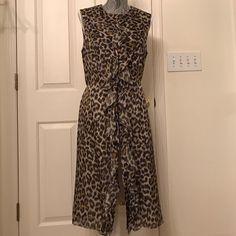 Carolina Herrera 100% Silk Cheetah Print Dress 100% silk self and 100% silk lining. Made in the USA. Make an offer Carolina Herrera Dresses Midi