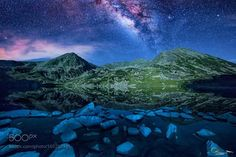 Heavenly skies  The milky way on lake Bucura in Retezat national park.  Image credit: http://ift.tt/2a20kfJ Visit http://ift.tt/1qPHad3 and read how to see the #MilkyWay  #Galaxy #Stars #Nightscape #Astrophotography