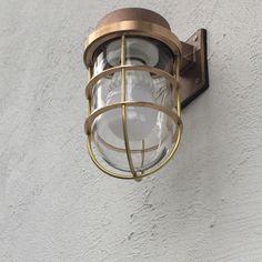 マリンランプ/照明/真鍮/玄関/入り口のインテリア実例 - 2015-04-30 17:57:35 | RoomClip(ルームクリップ) Wall Lights, Candle Lanterns, Lamp Switch, Lamp, Vintage Industrial Lighting, Lamp Light, Wall Lamp, Porch Lamp, Post Lights