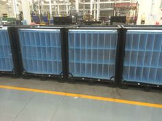 Front loading Returnable MAXIMUS bulk container with plastic divider set. For automotive parts. Made by ORBIS