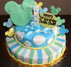 Watch my exclusive cake decorating video here - http://www.youtube.com/ThePastryarch