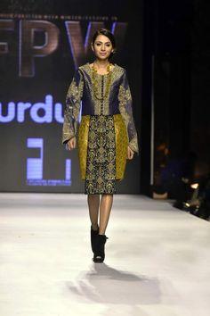 Fnk_Asia_Dresses_Fashion_Pakistan_Week_2015_15.jpg (640×960)