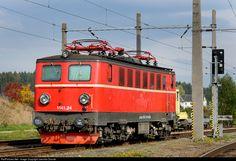 RailPictures.Net Photo: ÖBB 1141 024 8 Austria Federal Railways (ÖBB) ÖBB 1141 at Summerau, Austria by Jaroslav Dvorak