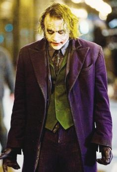 Batman: The Dark Knight Heath Ledger is The Joker Ready for War 8 x 10 Photo Batman The Dark Knight, Dark Knight Joker Costume, Dark Knight Rises Joker, Batman Dark, Costume Joker, Joker Batman, Joker Y Harley Quinn, Heath Joker, Batman Arkham