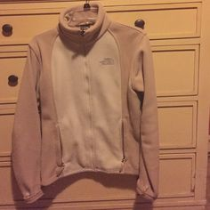 North Face Women's Khumba In great condition and super warm! Great camel two tone color.  There is a slight pen mark and slight amount of pilling, but still in great condition! The North Face Jackets & Coats