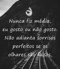 frases curtas bonitas - sorrisos 1 Word Quotes, Sayings, Inspirational Phrases, Strong Quotes, Osho, Messages, Thoughts, Humor, Love