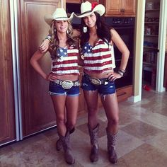 This mans opinion! Some NSFW. Some far from being actual country girls, but still very beautiful in a country theme. Country Girls Outfits, Girl Outfits, Cute Outfits, American Pride, American Women, American Country, American Flag, 4th Of July Outfits, Summer Outfits