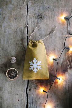 Linen Bag /  Linen Christmas Bag / by LINOHAZE