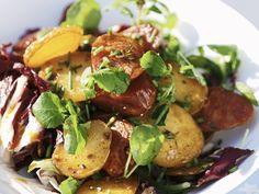 Kartoffelsalat mit Chorizo | Zeit: 25 Min. | http://eatsmarter.de/rezepte/kartoffelsalat-mit-chorizo