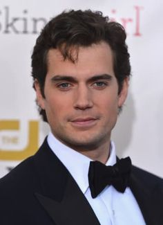 Can You Get Through This Post Without Falling In Love With Henry Cavill?