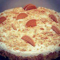 "Elpida's Little Corner!: "" Η εύκολη τούρτα κατσαρόλας,βανίλια "" Cookbook Recipes, Cooking Recipes, Cheesecake, Greek Sweets, Sweets Cake, Party Desserts, Greek Recipes, Vanilla Cake, Caramel"