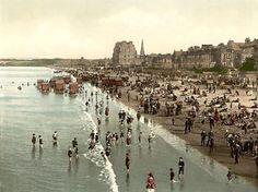 Scotland, east coast, Victorians at the beach