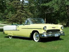 I really adore this colouring scheme for this chevy sports car Chevrolet Bel Air, 1957 Chevy Bel Air, 1955 Chevy, 1955 Chevrolet, My Dream Car, Dream Cars, Convertible, Classic Cars, Classic Auto