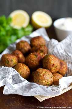 Tuna balls with garlic mayo - cheap and cheerful cocktail party treat Tuna Recipes, Pasta Recipes, New Recipes, Cooking Recipes, Healthy Recipes, Recipies, Savoury Recipes, Finger Food Appetizers, Appetizers For Party