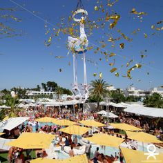 #entertainment #shows #oceanbeachibiza #oceanbeach2015 #poolparty #beachclub #summer #summer2015 #ibiza #ibiza2015 #acrobat