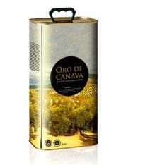 orodecanava_ICstudio_etiqueta_lata Evoo Olive Oil, Olive Oil Packaging, Extra Virgin Oil, Liquid Gold, Flask, Bottle Opener, Packaging Design, Barware, Perfume Bottles