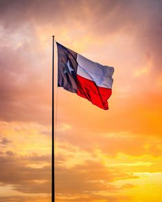 """Instagram Texas's Instagram profile post: """"Good evening folks your host @shotsbyrayray here with a capture I took yesterday of the Texas flag flying beautifully over the Alvin sunset…"""" Texas Flags, Lone Star State, Take My, Folk, That Look, Sunset, Muscular Men, Instagram, Don't Forget"""