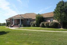 Ponderosa Lake Estates Home AUCTION - 72 Ponderosa Drive | Grand Island, Nebraska - Open Bid $489,000 - Ruhter Auction & Realty, Inc.