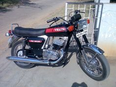 Yezdi 175 Deluxe - Ideal Jawa - Wikipedia, the free encyclopedia