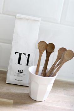 tea + label