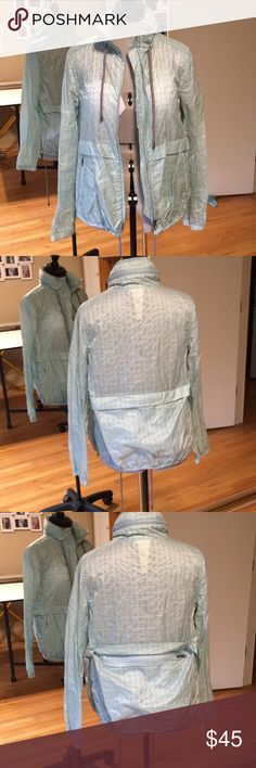 Free People Windbreaker Jacket Shell S Like New I love this when it first came out, had to have it… But I don't think I wore it, maybe once or twice briefly! I wear mostly black so this is not my color. Free People Jackets & Coats