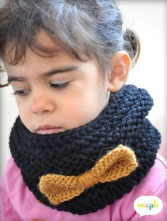 Pattern only in french Crochet Scarf Easy, Crochet Beanie, Crochet Baby, Knitted Hats, Knit Crochet, Knitting For Kids, Baby Knitting, Stitch Ears, Tricot Baby