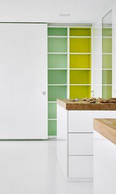 Farbe innen: Küchen von Leicht Küchen