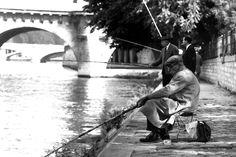 Parigi 1962: Pescatori sul Lungosenna. - Foto analogica.