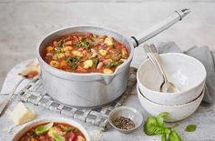 Chunky Minestrone Soup | Soup Recipes | Tesco Real Food