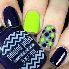 Seahawks nails design 01